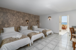 Deluxe Triple Room, Milos Hotels | Milos Hotel Portiani | Hotel in Milos| Accomodation in Milos