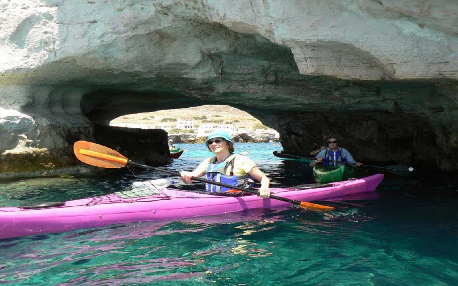 Canoe-Kayak in Milos